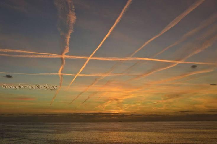 Chemtrails 159 English Channel Atlantic Ocean